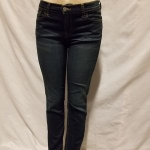 Preowned Lucky Brand denim jeans sz 6/28